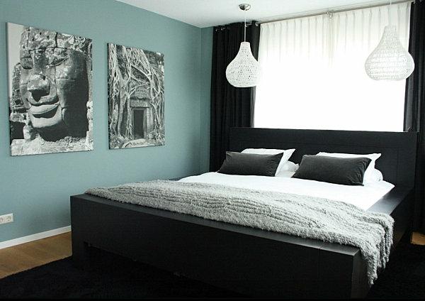 schwarze Schlafzimmermöbel kontrast wandgestaltung gemälde