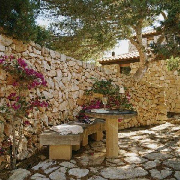 Mediterrane Gartengestaltung - 45 Gartenideen und Gartenmöbel