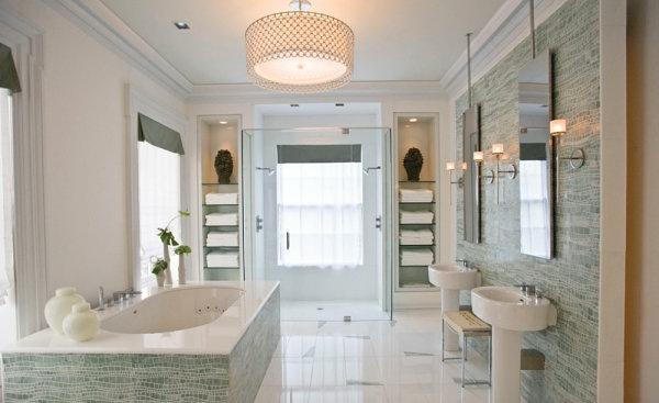 symmetrische glasregale badezimmer modern