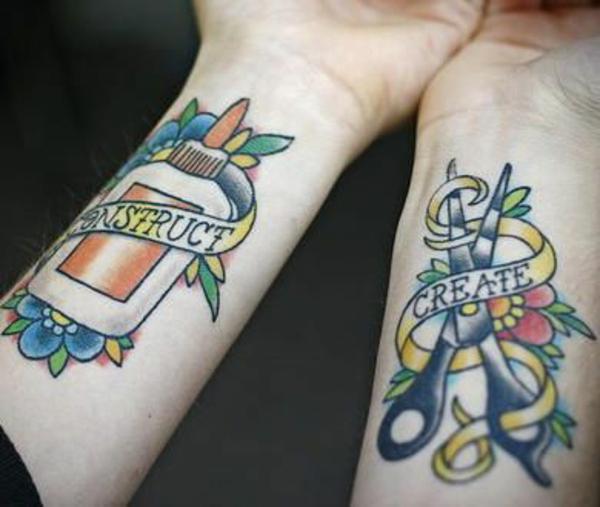 tattoo hangelenk art bunt