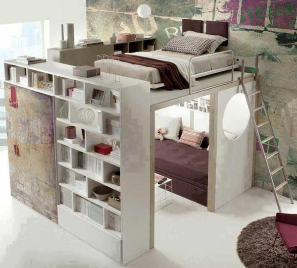 Schlafzimmer in dunkellila