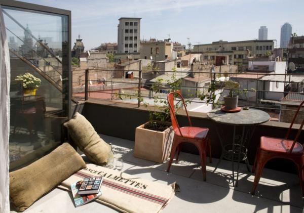 terrassengestaltung ideen gartenmöbel dekokissen