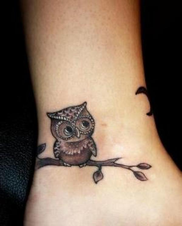 tolle handgelenk tattoo ideen uhu motiv