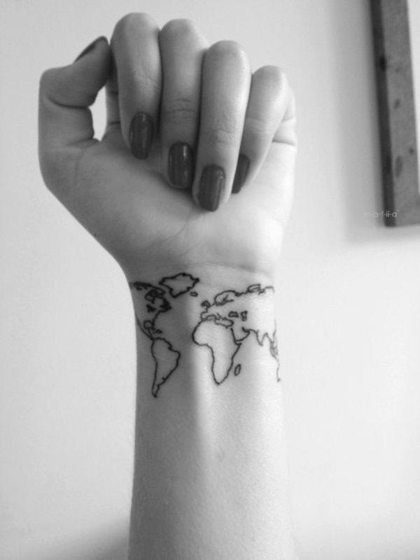 tolle ideen für handgelenk tattoo welt landkarte