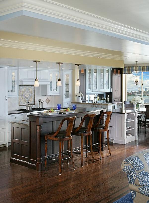 holz stühle traditionell kücheneinrichtung möbel hängelampen