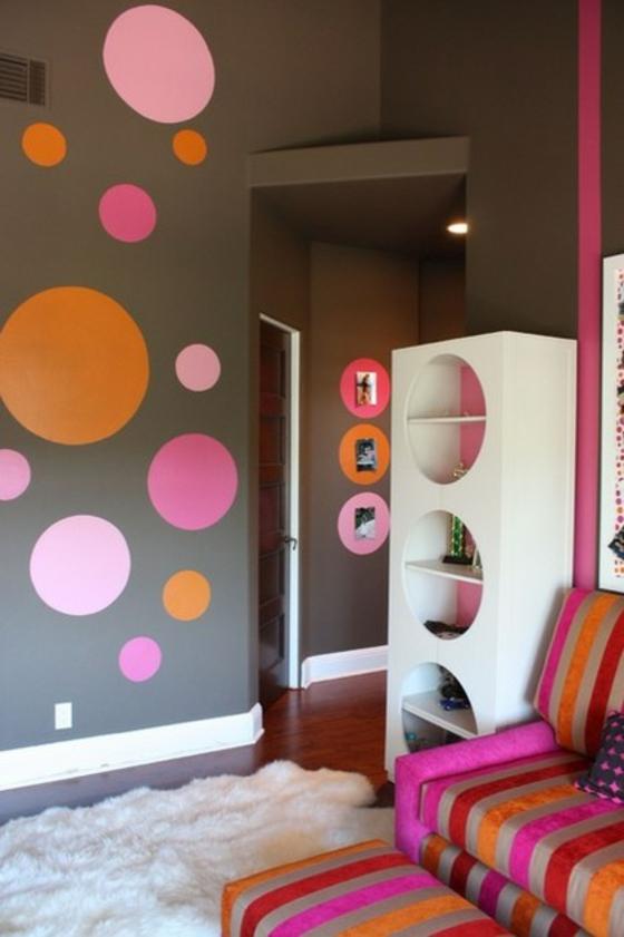 Schön Wandgestaltung Coole Wohnideen Wohnzimmer Pünktchenmuster Teppichboden