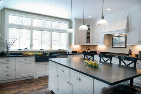 küchenschrank bodenbelag weiß schwarz texturen