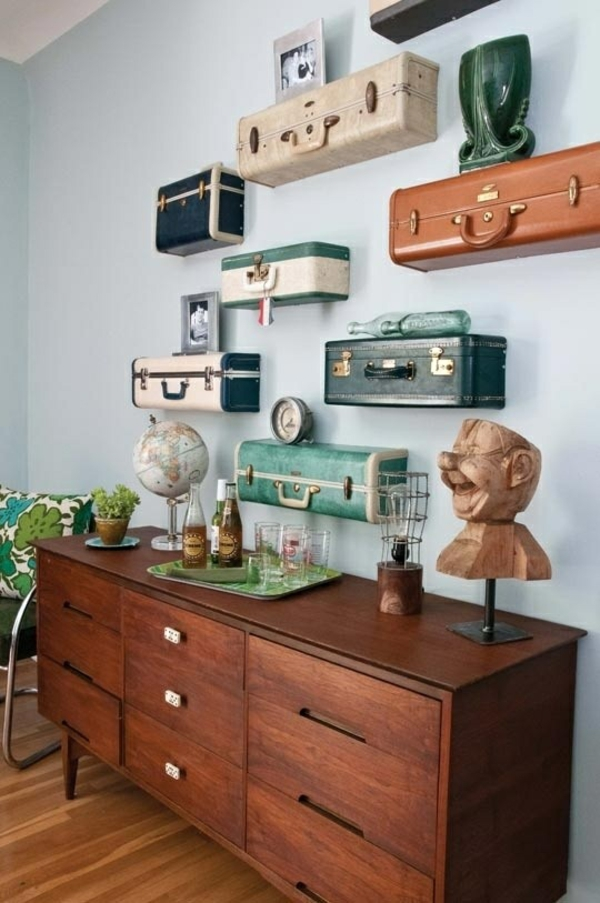 deko wohnzimmer wand:Old Suitcases as Shelves