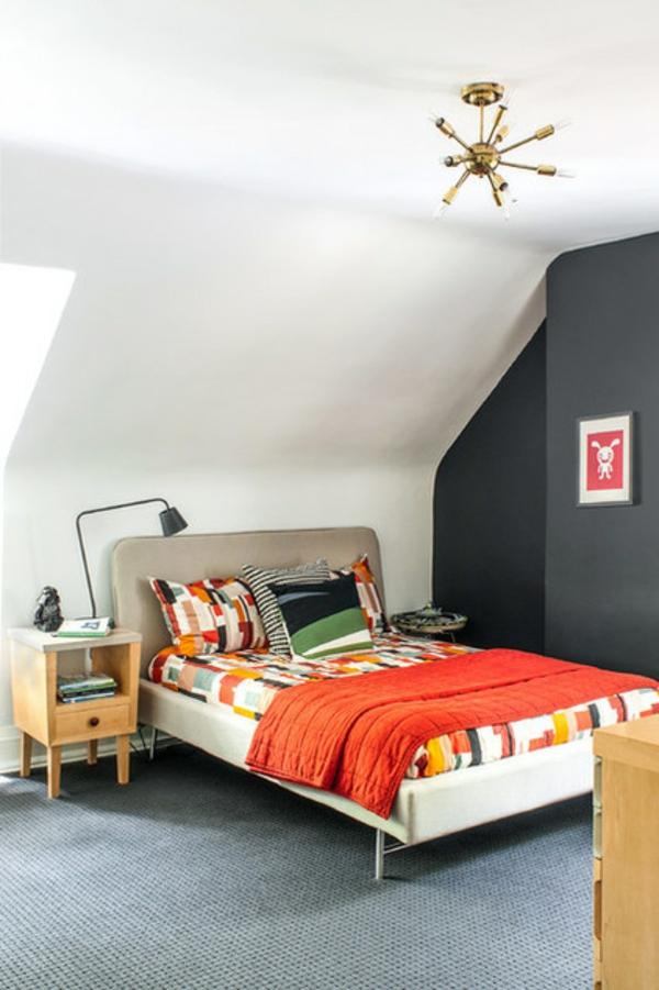 wohnideen im schlafzimmer schwarze wand dekoideen
