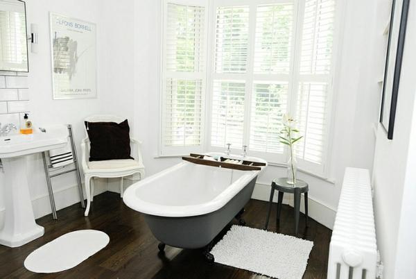 zeitgenössisches badezimmer minimalistisch freistehende badewanne