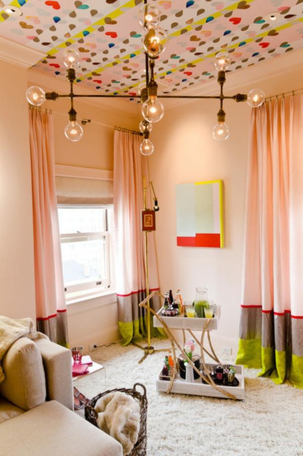 Wande Farbig Gestalten Muster : Die Zimmerdecke gestalten – Wie wäre es mit gemusterten Tapeten?