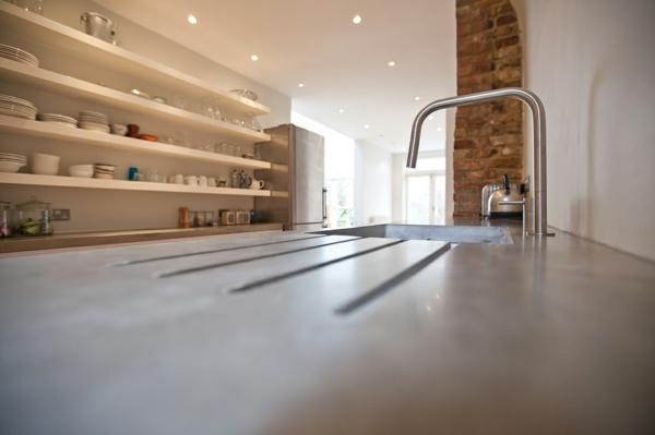 london arbeitsplatten beton regale küche