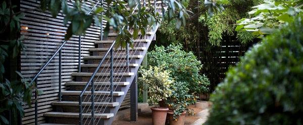 Austins Hotel San Jose garten treppe grüne pflanzen