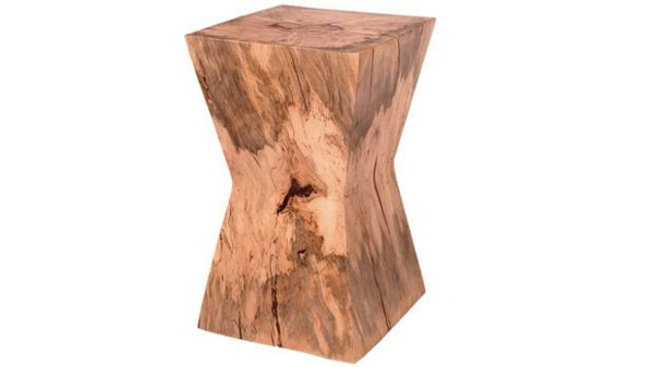 Beistelltisch Aus Holzblock Rustikaler Charme In Jedem