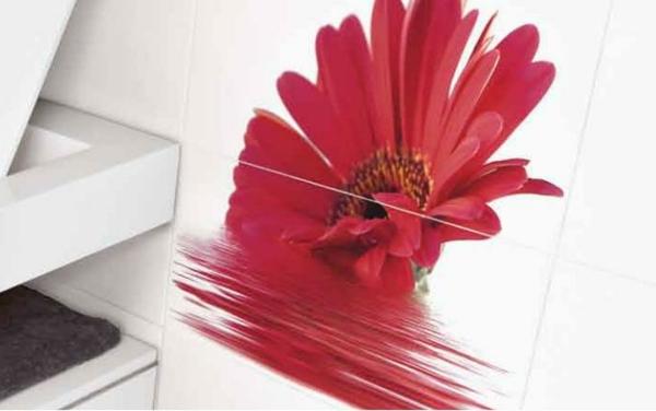 Fliesengestaltung im bad coole badezimmer bilder for Klebefolie auf fliesen