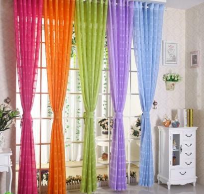 gardinenvorschl ge fr hlingshafte vorh nge und gardinen. Black Bedroom Furniture Sets. Home Design Ideas