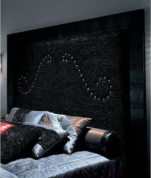 Kopfteile schwarz Betten dramatisch  muster weich