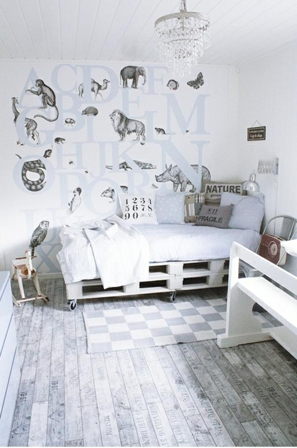 Möbel aus Europaletten bettgestell weiß