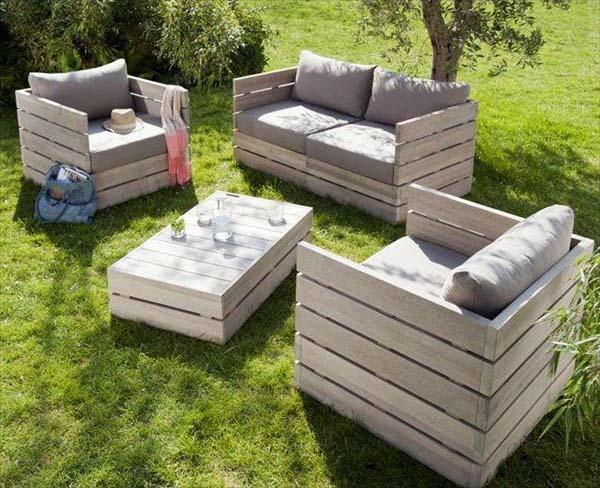Möbel gras fläche Europaletten holz textur garten