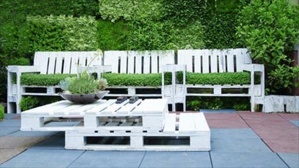 Möbel Europaletten weiß gestapelt couchtisch