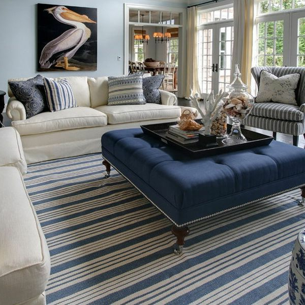 Mediterrane Einrichtungsideen landhausstil möbel teppich streifen