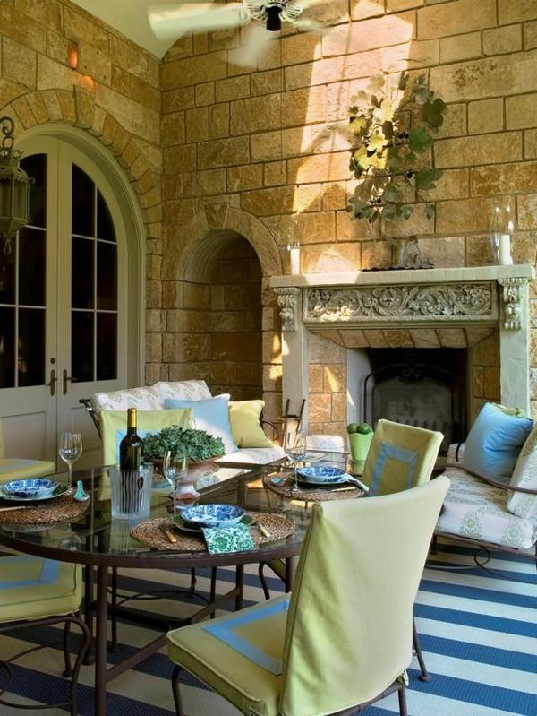Mediterrane Einrichtungsideen landhausstil möbel ziegel kachel
