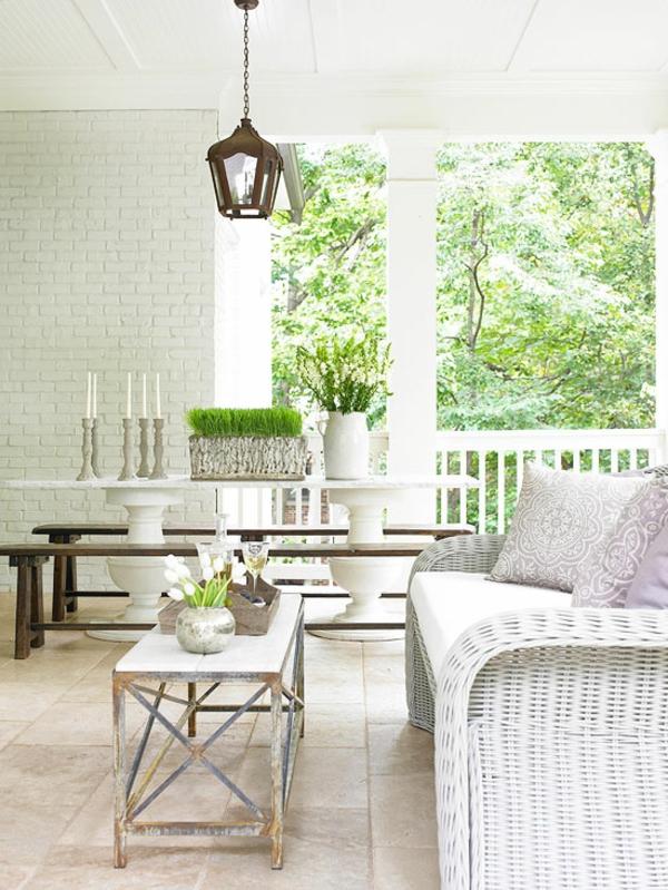 Moderne Terrassengestaltung Ideen rattan möbel set weiß