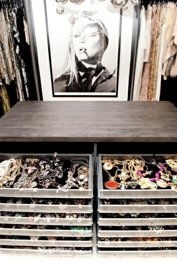 begehbarer kleiderschrank Offene Kleiderschranksysteme ausziehbar