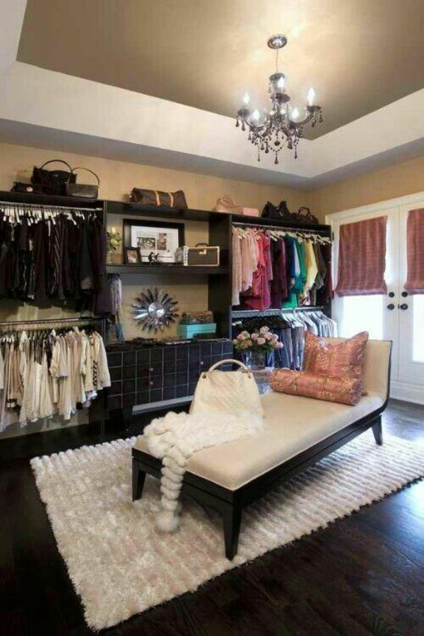 begehbarer kleiderschrank Kleiderschranksysteme  sitzbank