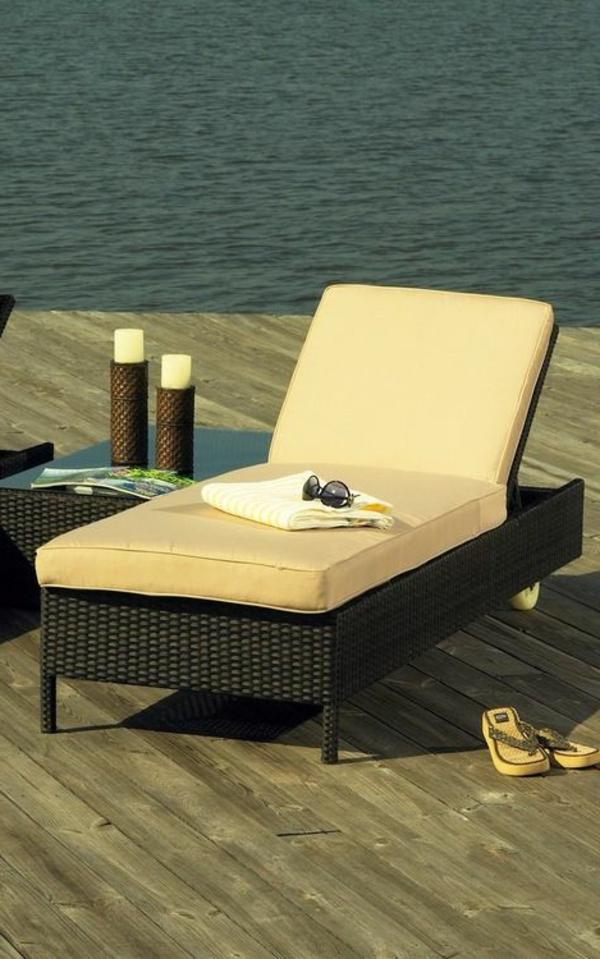 Outdoor Möbel aus Polyrattan lounge gartenmöbel gelb