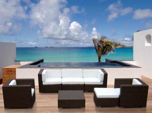 Outdoor-Möbel-aus-Polyrattan-lounge-gartenmöbel-weiß-auflagen