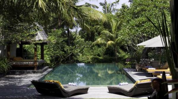 Teakholz Gartenmobel Karchern : Outdoor Möbel aus Polyrattan  beständige Gartenmöbel