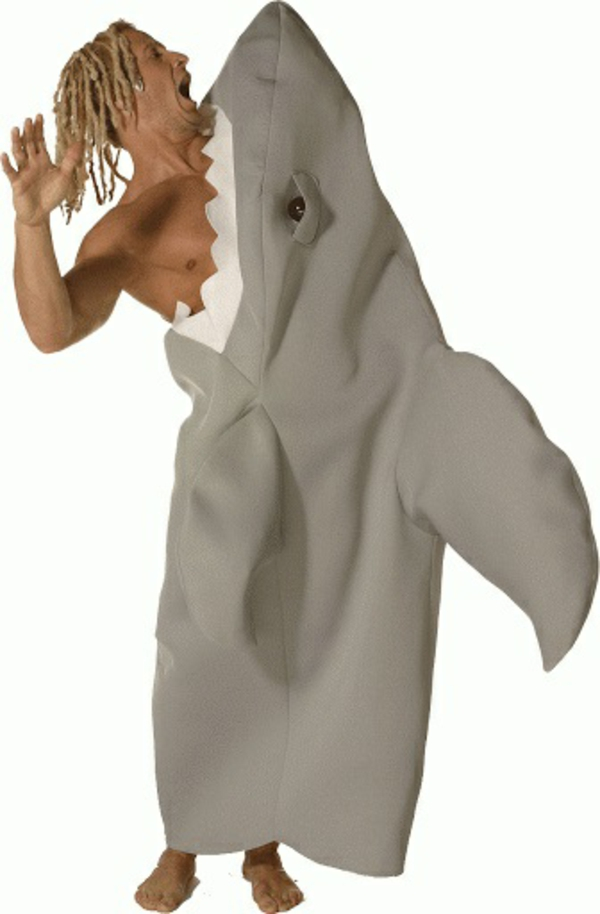 Selbstgemachte Kostüme haifisch