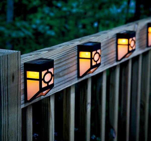 Solarleuchten im Garten contemporary gartenzaun holz