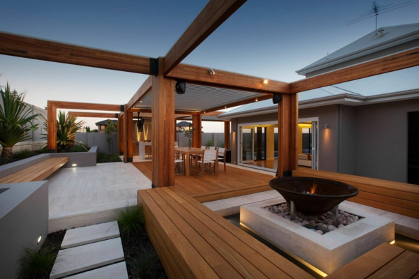 Terrassenboden aus Teakholz erholen