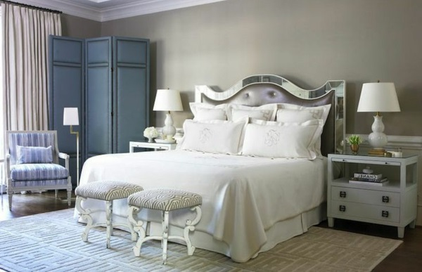 Wandfarbe in Grau farbgestaltung modern bett kopfteil