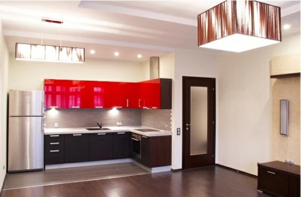 Wandgestaltung hochglanz  Küche rot auffallend
