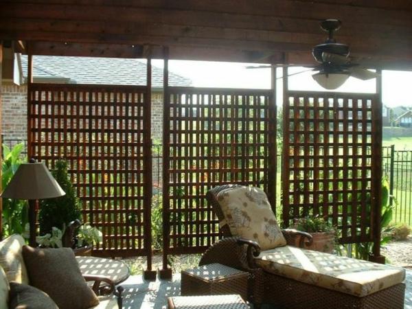 Gartenmobel Holz Aufarbeiten : Balkon Sichtschutz Pflanzen Holz Sitzbank Stein Pflanzkuebel Pictures