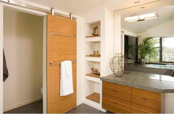 ... gute Idee, durch welche man das Bad und die Toilette trennen kann