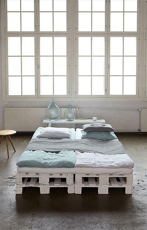 bett aus europaletten selber machen diy möbel doppelbett