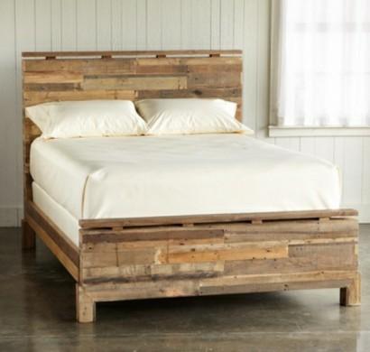 bett aus paletten selber bauen praktische diy ideen. Black Bedroom Furniture Sets. Home Design Ideas