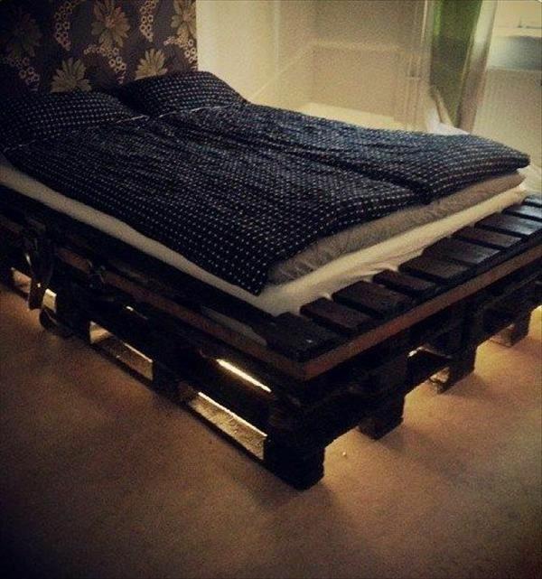 bett aus paletten bauen diy möbel schlafzimmer