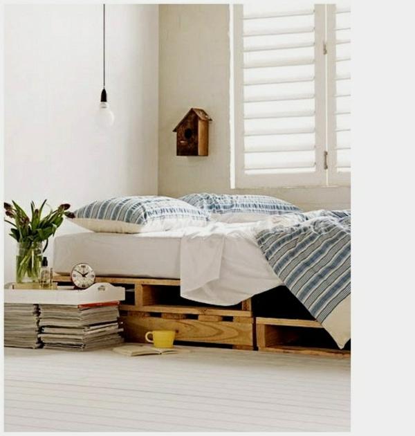 bett aus europaletten selbst bauen coole m bel zeigen ihren charakter. Black Bedroom Furniture Sets. Home Design Ideas