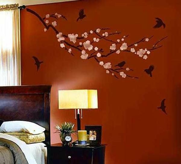 Diy dekoideen schlafzimmer wandgestaltung mit malerschablone
