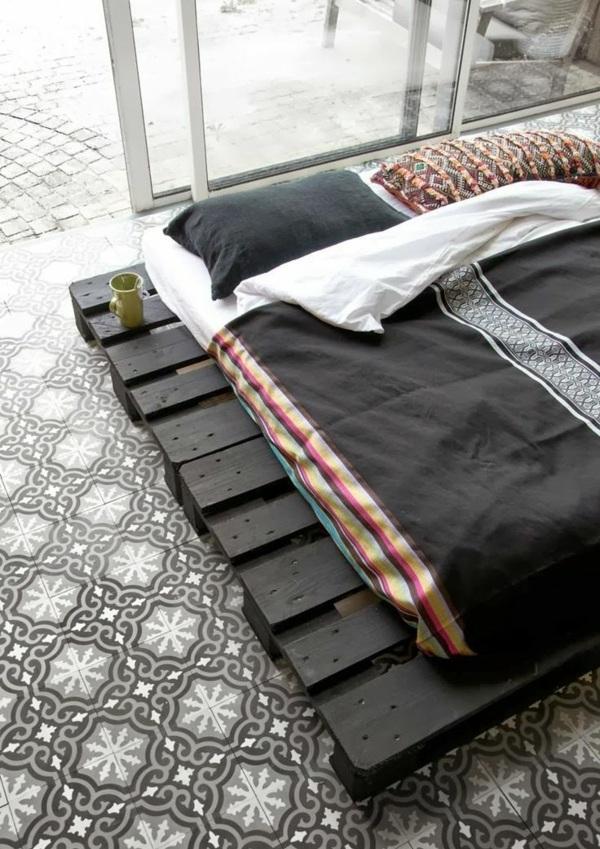 Europaletten Bett Selber Bauen U2013 30 Ideen Für Kostengünstige DIY Möbel In  Ihrem Schlafzimmer ...