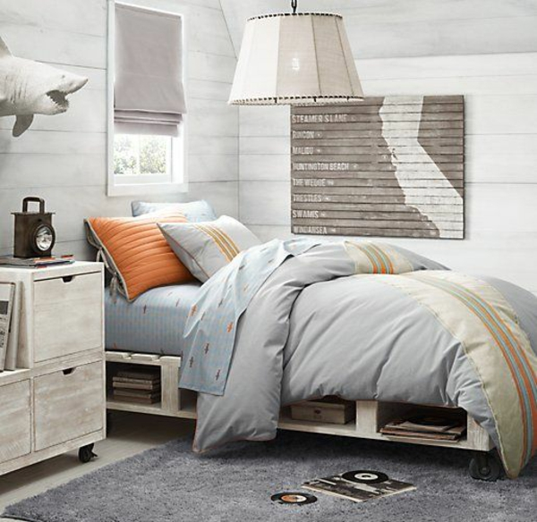 europaletten bett selber bauen 30 ideen f r kosteng nstige diy. Black Bedroom Furniture Sets. Home Design Ideas