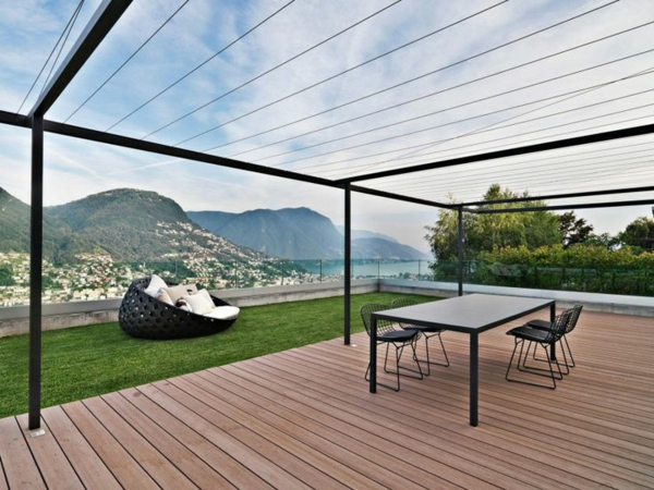 garten pergola metall holzboden terrassenüberdachung gartenmöbel