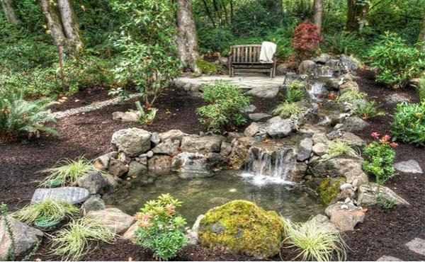 Gartenteich anlegen ideen f r eine kreative gartengestaltung - Gartenteich wasserlauf ...
