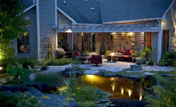 gartenteich anlegen gartengestaltung terrasse gartenbeleuchtung pflanzen