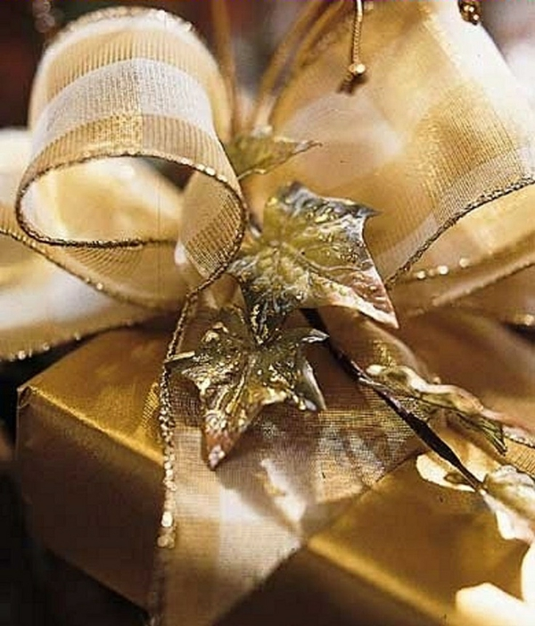 geschenke schön verpacken geschenkband schleife